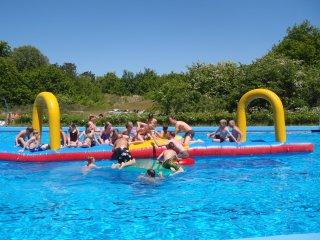 Waddennieuws zwembad op schiermonnikoog gaat 1 mei weer open for Zwembad aanschaffen